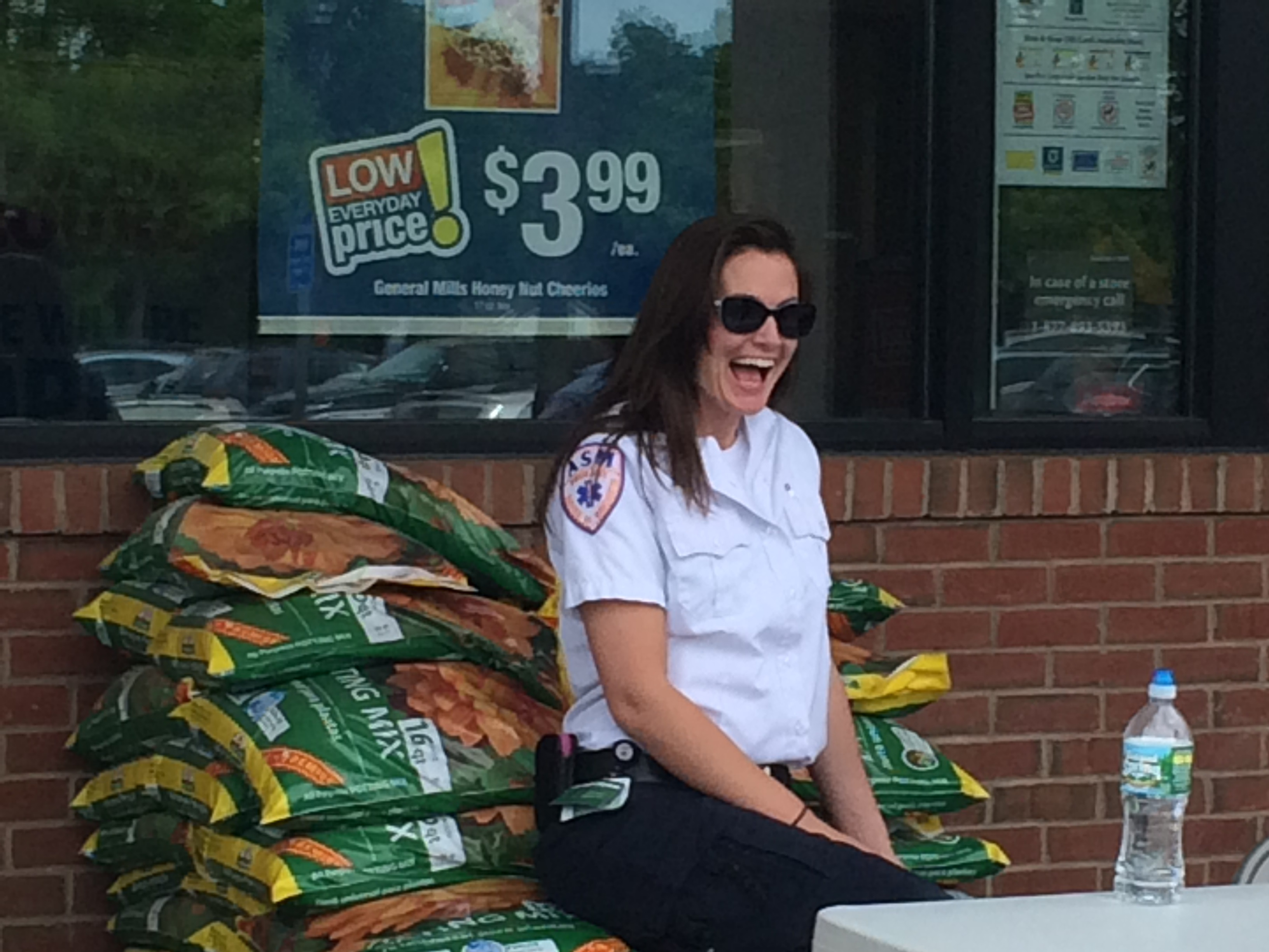 ASM Participates in Weekend Food Drive in South Windsor