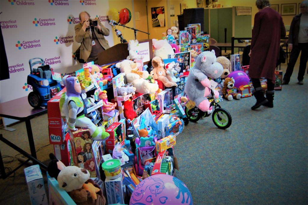 CT Children's and State Police Toy Drive in Pictures – 2019